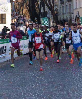 Grandi firme di corsa a San Silvestro per Bolzano e Roma  0a32934a0ee0