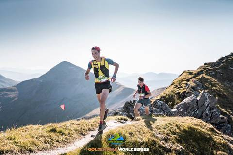 Nadir Maguet vincitore Ring of Steall skyrace (foto Golden Trail Series)
