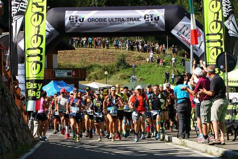 Partenza Gran Trail Orobie (foto fb OUT)