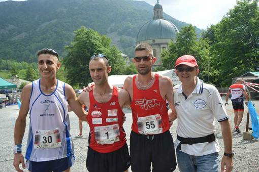 Podio Due Santuari Running (foto newsbiella)